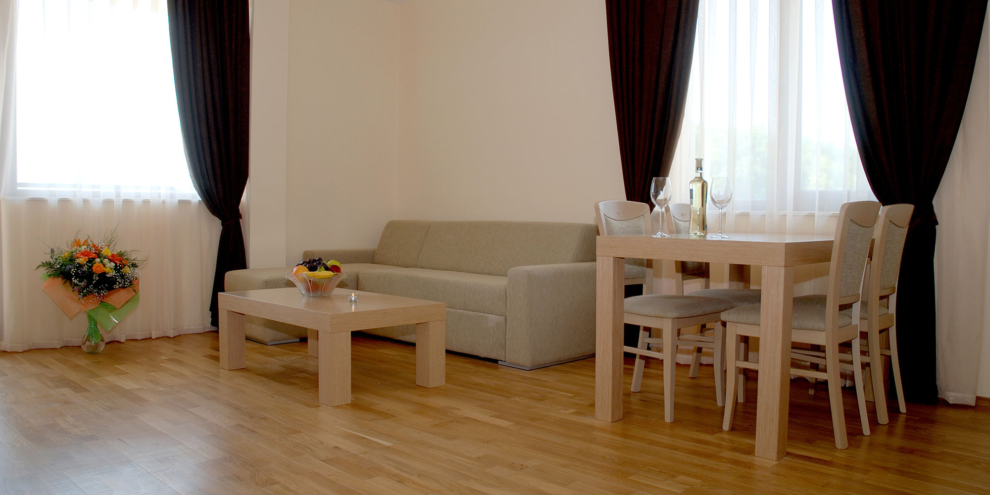 Maxi Complex - Two Bedrooms Apartment